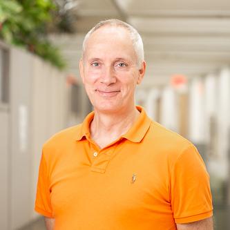 Dr. Johannes Keunen